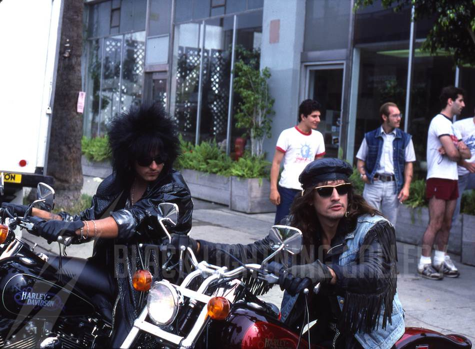 Mötley Crüe My Motorcycle And A Switchblade Knife Nikki Tommy Ggg Social